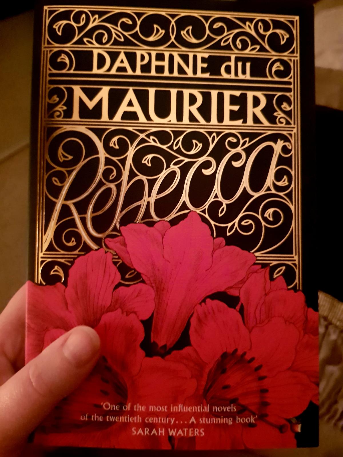 Review; Rebecca- Daphne DuMaurier